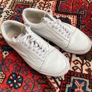 White leather OLD SKOOL LX VANS